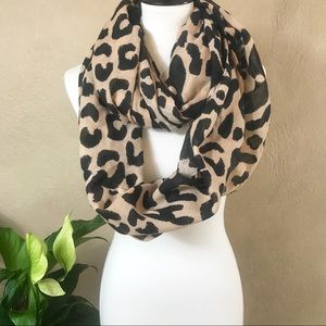 {Charlotte Russe} Leopard Infinity Scarf